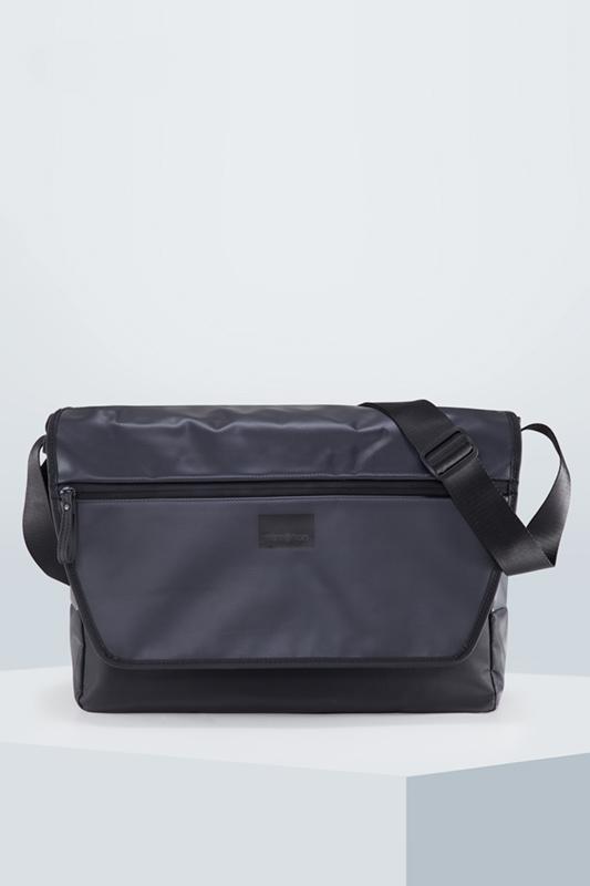 Messenger Bag Stockwell| schwarz | Taschen > Business Taschen > Messenger Bags | Strellson